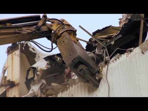 Watch the GXP (Genesis XP Mobile Shear) take down a NASA building.